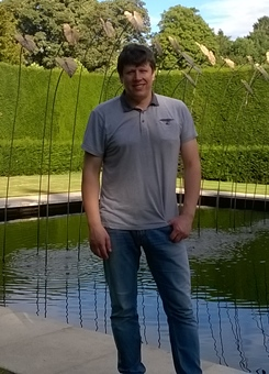 Masażysta Dariusz Mrowiński